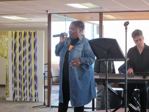 Cathryn McGill moved the audience with her soulful vocals.
