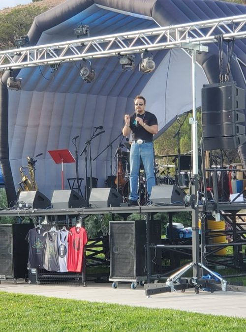 Marcos Maez welcomes concertgoers.